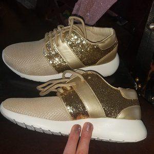 Gold Glitter Tennies Size 35.5